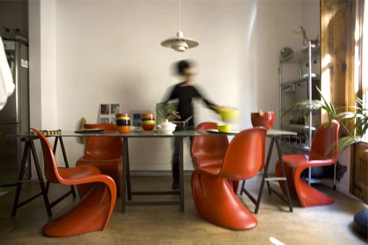 Barcelona dining room Henningsen lamp