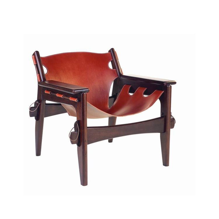 "Designed in 1973, the Kilin chair is currently manufactured by LinBrazil, with a single sling of leather. Photo courtesy <a href=""http://www.espasso.com"">Espasso</a>."