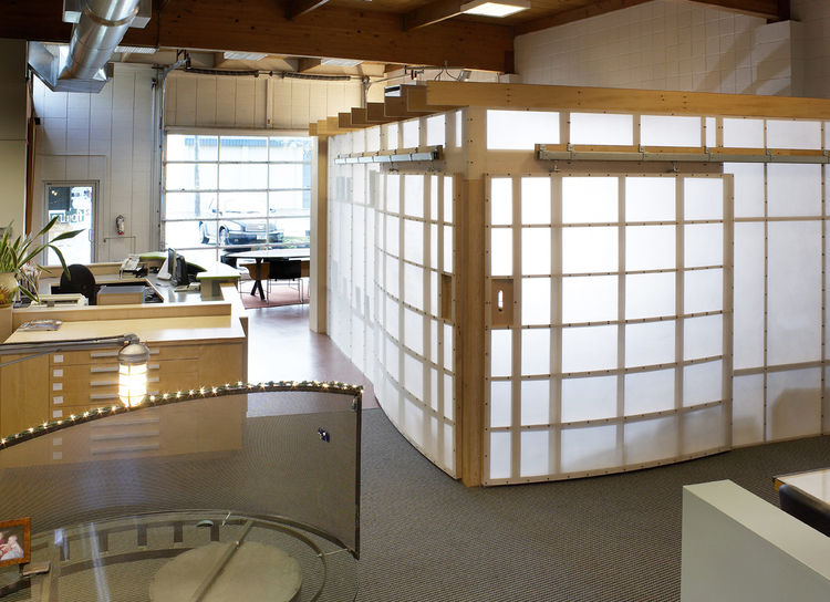 Luminous Screens<br /><br /> Submitted by: 2fORM Architecture<br /><br /> Designer's Description: <br /><br />2fORM Architecture relocated to a new office in 2007 and subsequently embarked on an in-house design project to remodel and personalize our new s