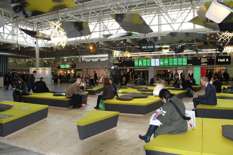 Arik Levy, the show's guest designer of honor and keynote speaker, created this lounge in the middle of the convention center. Comprised of spongy daybeds and sofas, it was a welcome oasis for weary attendees and exhibitors.