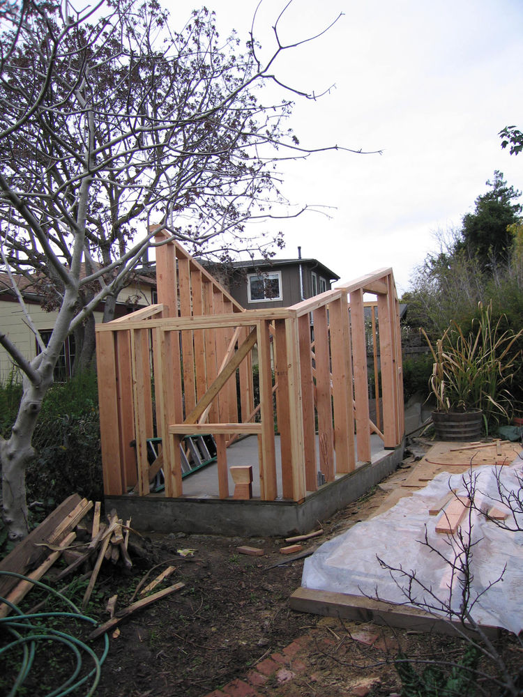 "The framing goes up. Image courtesy <a href=""http://www.deedsdesign.com"">Deeds Design</a>"