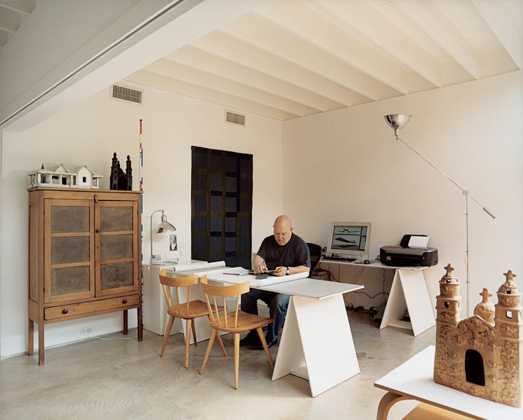 "Baum uses his ""flex room"" as his architectural office, but in the other three units adjoining his, the same space has been used as an extra bed-room and a TV room."