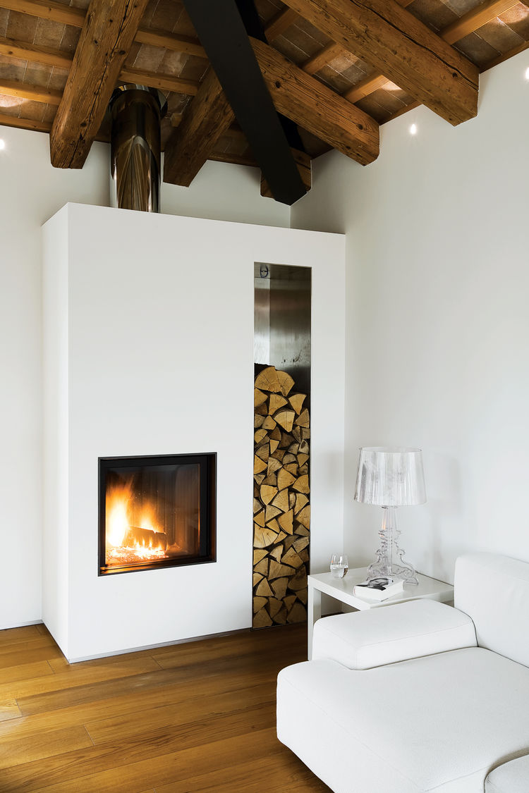 Modern wood fireplace Bourgie lamp Kartell
