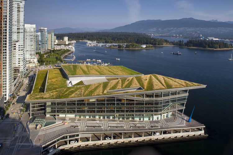 """Project: Vancouver Convention Centre West<p></p>Location: Vancouver, British Columbia, Canada<p></p>Developer: BC Pavilion Corporation<p></p>2010 ULI Award for Excellence: The Americas nomination:""""Knitted into the urban fabric of Vancouver's downtown cor"""