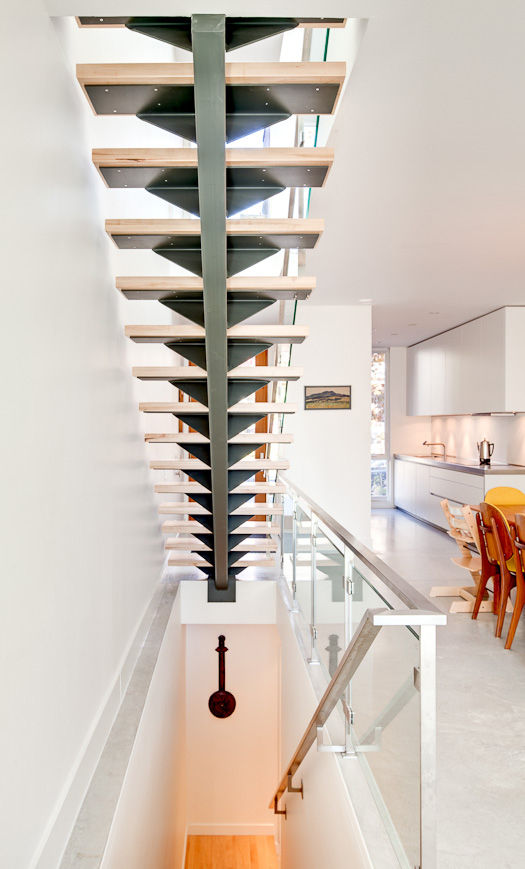 Modern wood-and-steel staircase