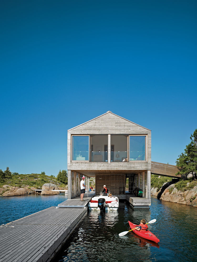 All of the Worples' guests arrive by boat to the lower level of the Floating House.