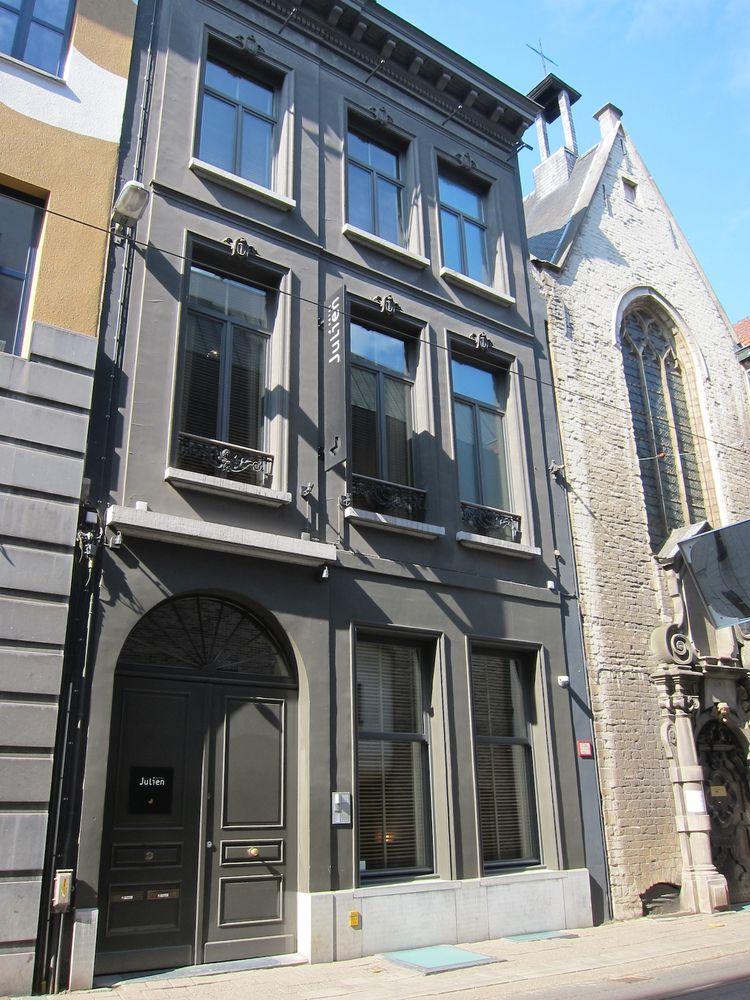 Hotel Julien in Antwerp, Belgium