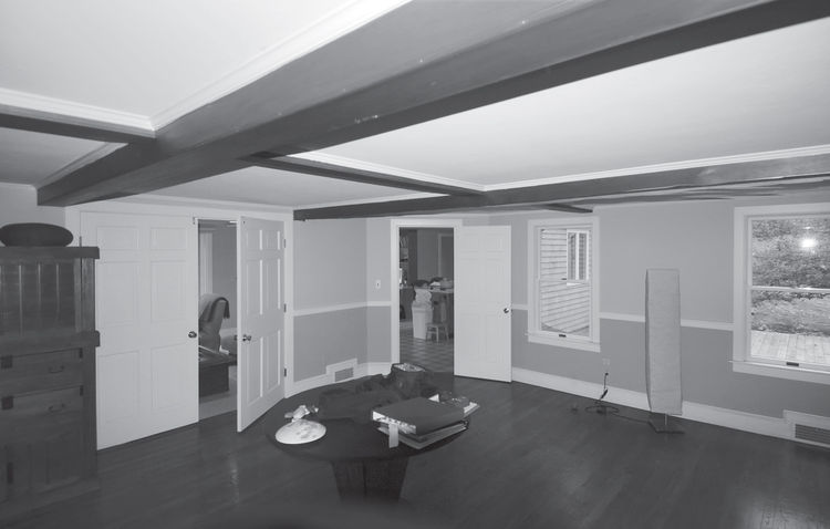 Original Colonial ceiling beams