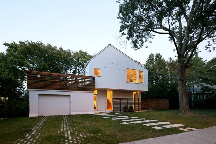 A modern renovation in Newton, Massachussets