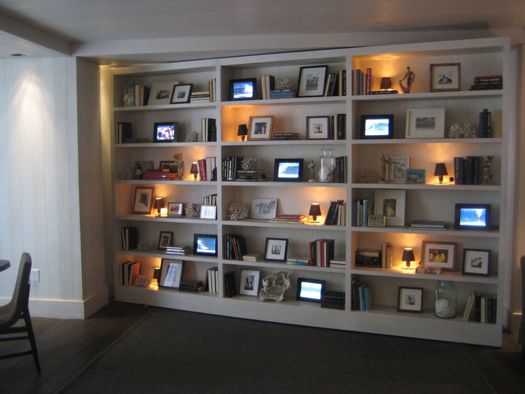 Bookshelves at Modern Honolulu