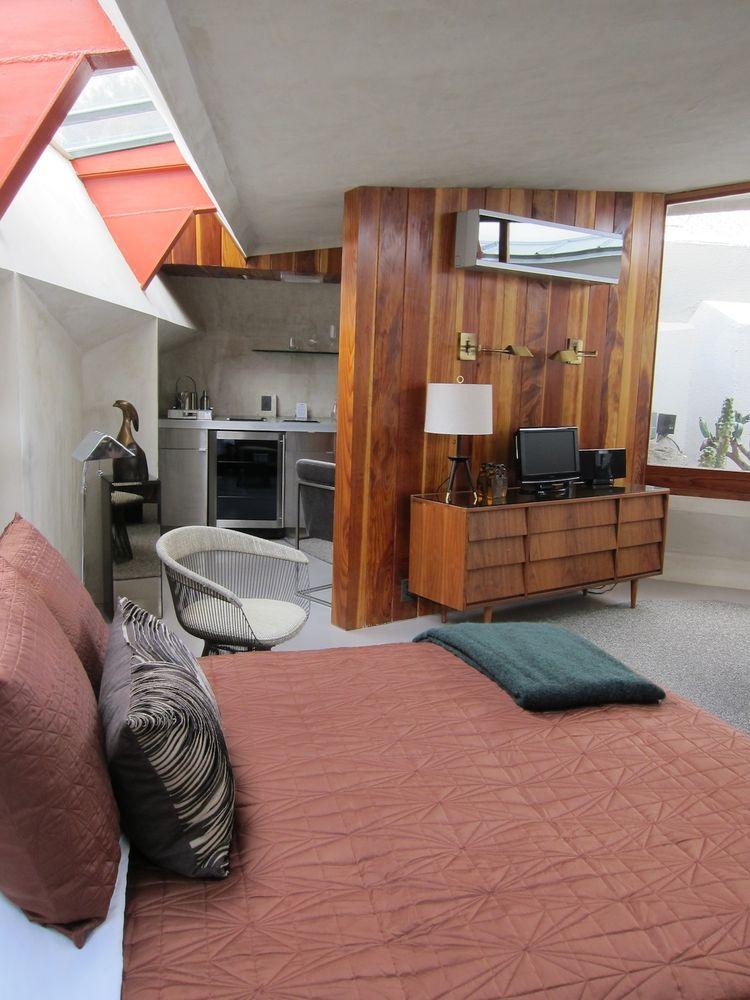 Hotel Lautner bedroom with geometric ceiling