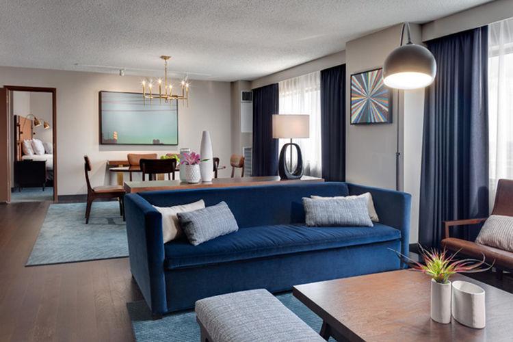 Minneapolis Hyatt Hotel living room