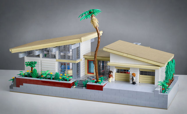 Villa Hillcrest Lego House by Kenneth Parel-Sewell