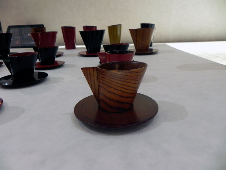 Stackable tea cups by Lee Eun-hee