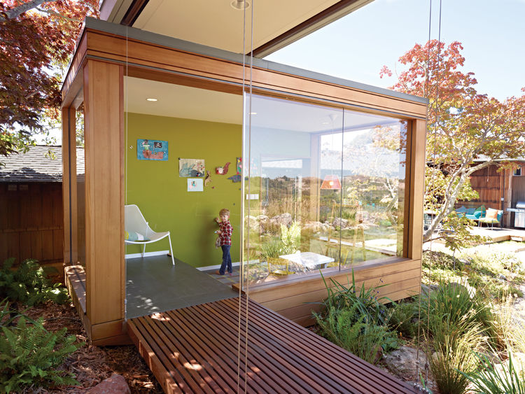 Esherick-designed open-air tearoom with small children's playroom