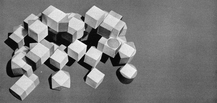Habitat '67 blocks by Moshe Safdie