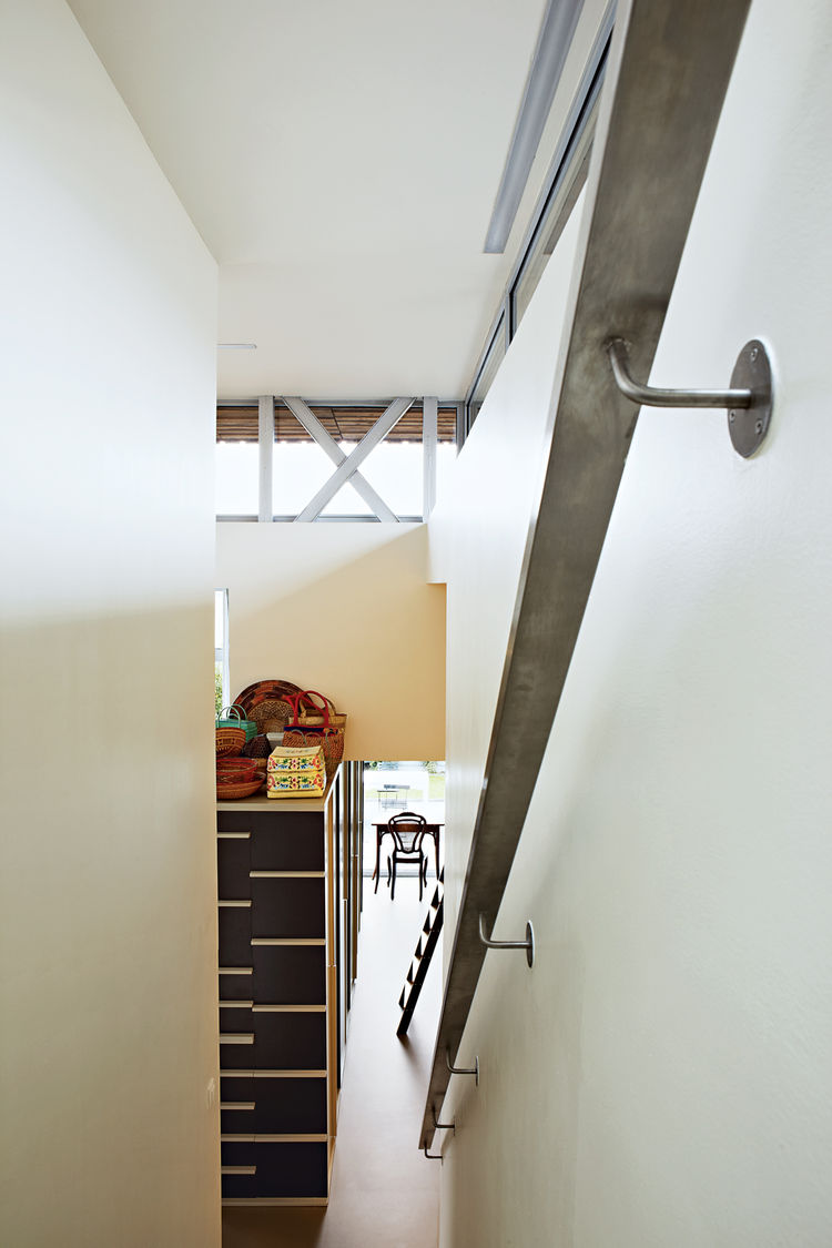 Recycled steel staircase rail