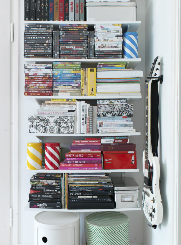 Color and size coordinated open storage shelves