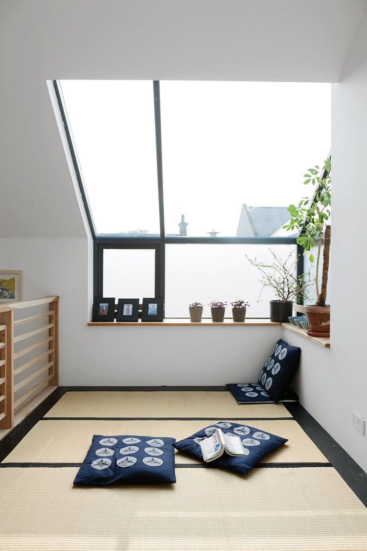 Modern Japanese tatami room with mats from the Futon Company
