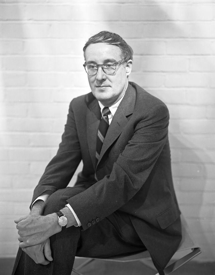 Portrait of Warren Platner