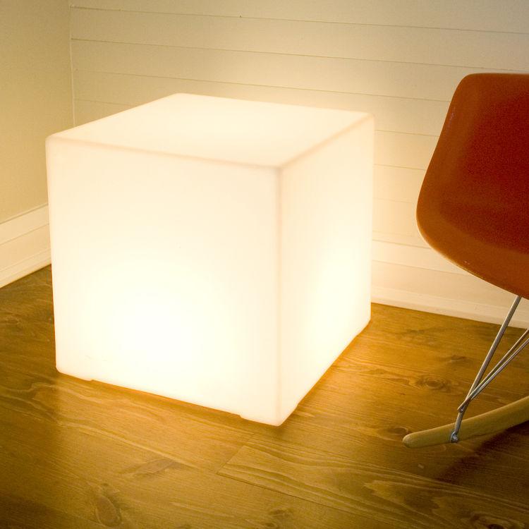 Light box by Gus.
