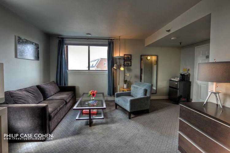 Ale House Inn deluxe room