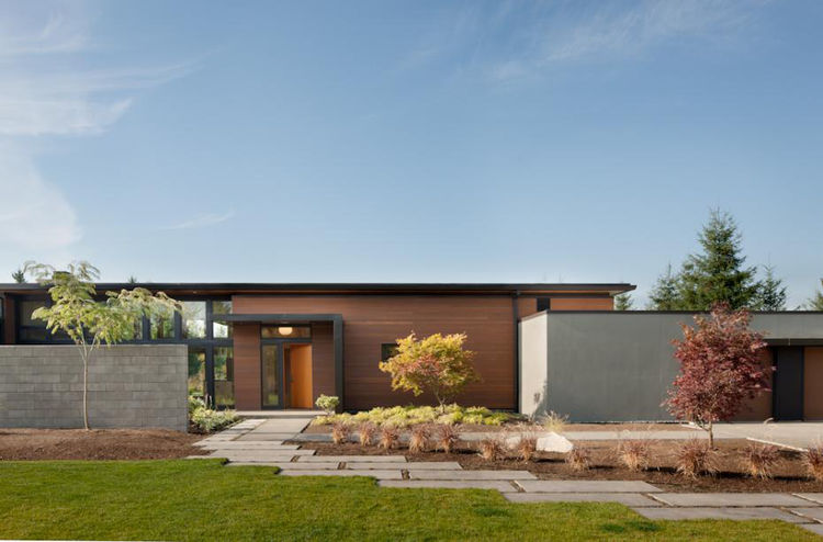 A modern country house in Yelm, Washington