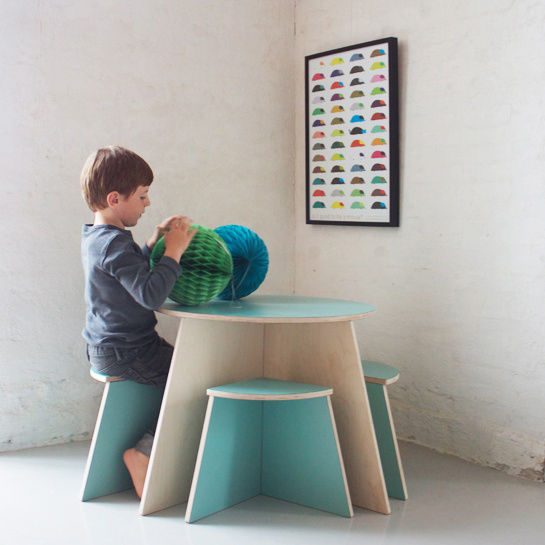 Circle Table with 4 Small Stools by Small Design