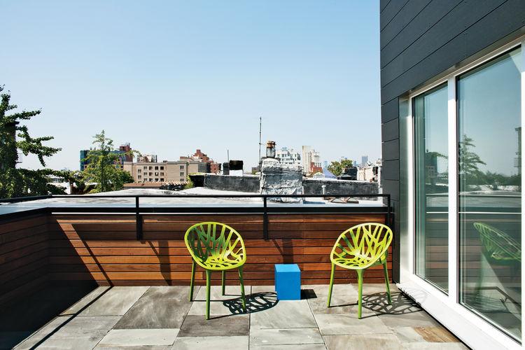 Modern small bluestone roof deck