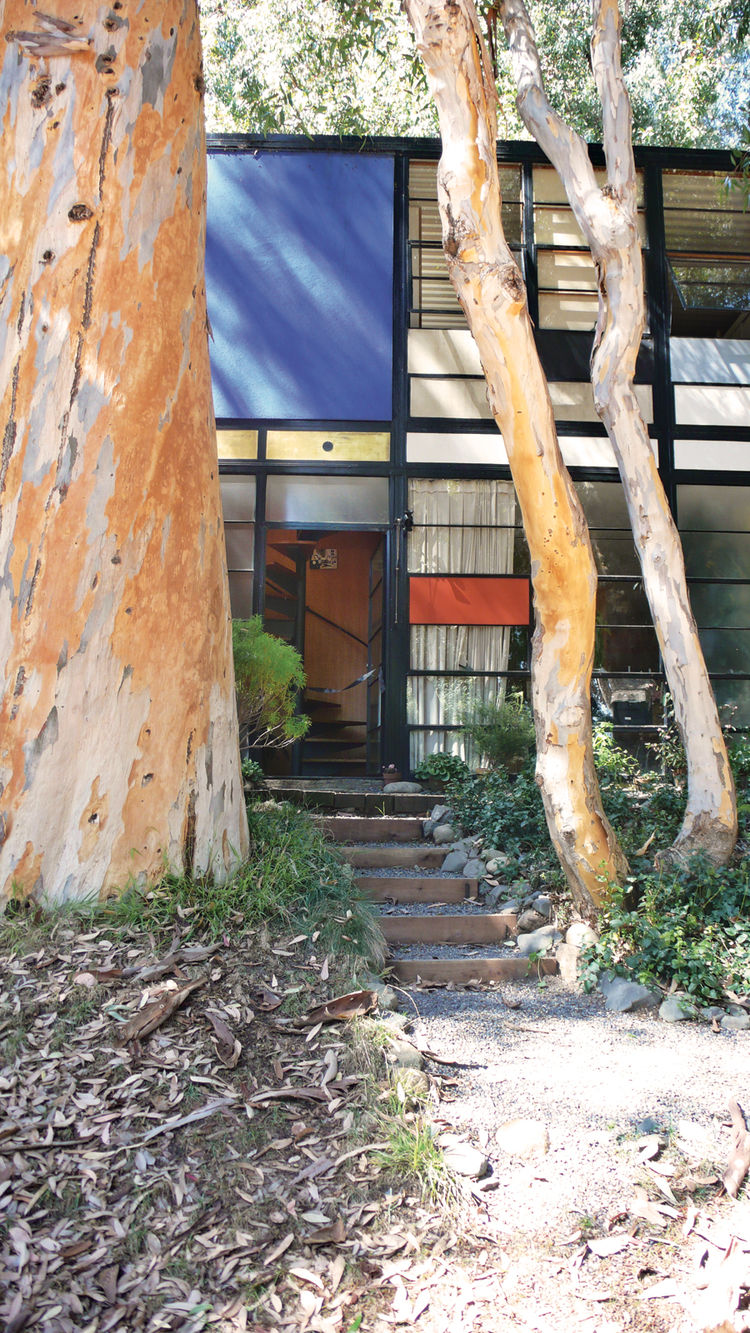 Eames house entry made in la