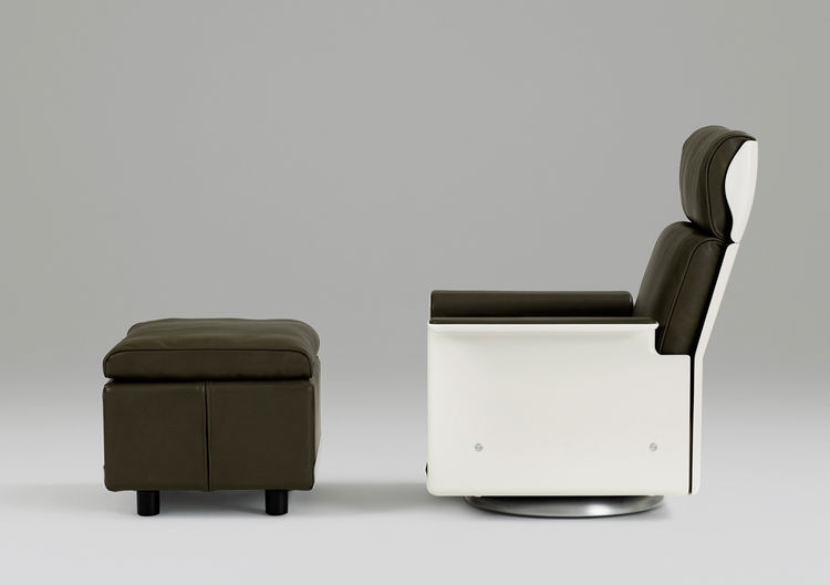 Dieter Rams 620 Chair program construction details, first designed for Vitsœ in 1962