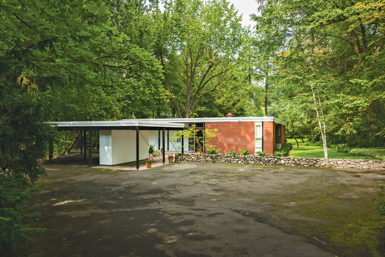 Mid century home in Spokane, Washington