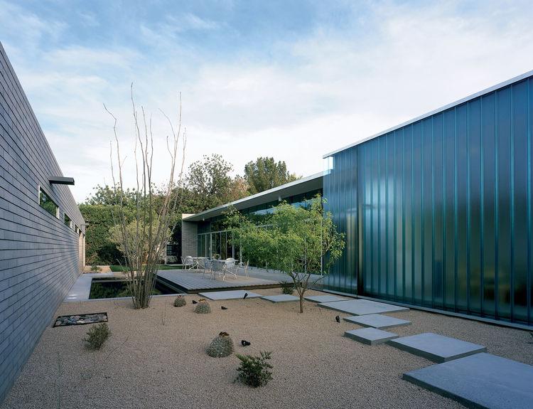 mariposa residence courtyard pool