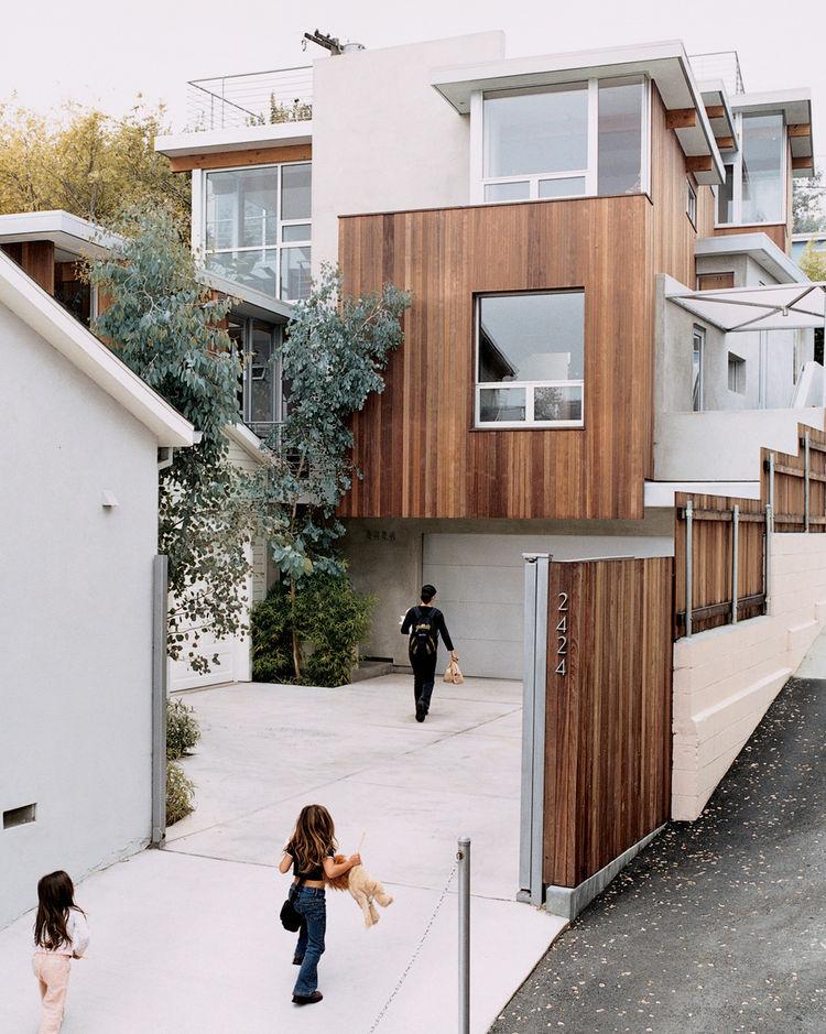 bornstein residence exterior driveway