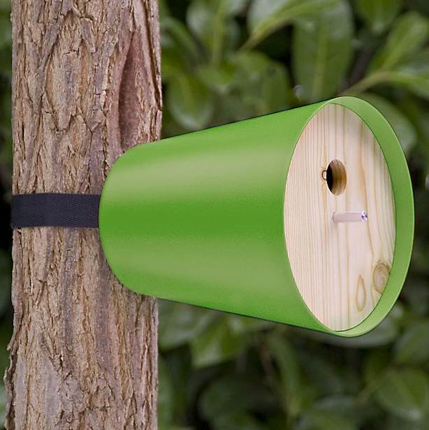 Piep Show Home Birdhouse by Radius