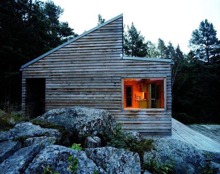 norwegian prefab cabin side exterior