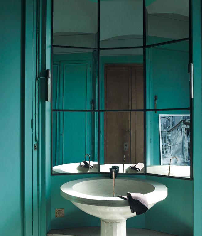 paris match bathroom