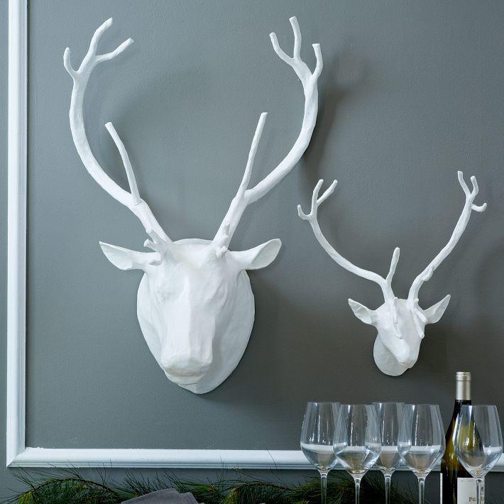 Papier-Mâché Animal Reindeer Sculptures