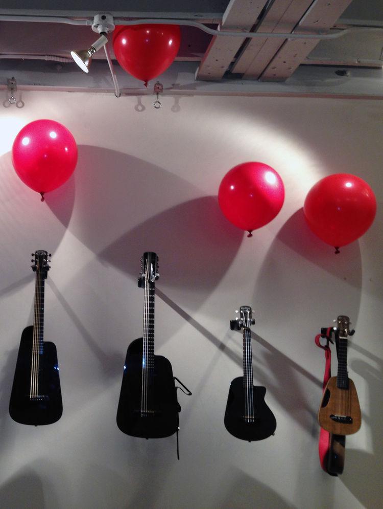 Blackbird Guitars line up with Clara Ukulele