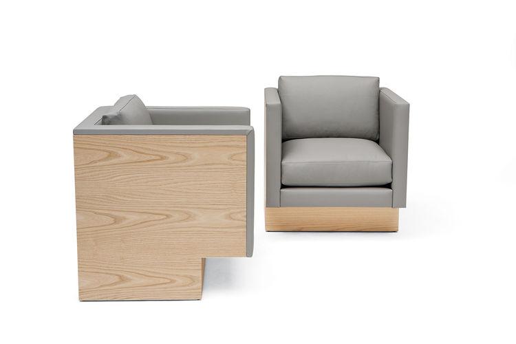 Feiz Phase design white-ash armchair