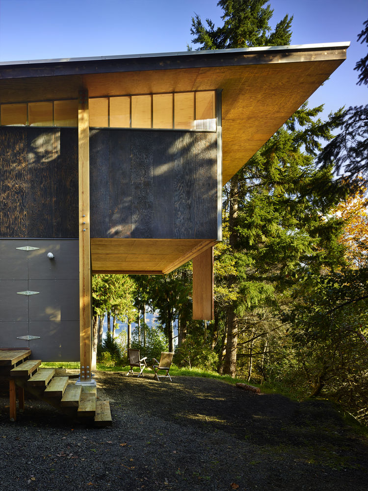 cantilevered structure by olson kundig architects