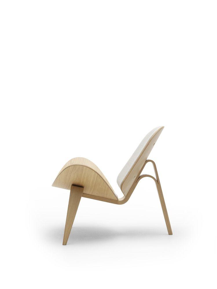 Hans Wegner Shell chair Carl Hansen wood Danish design