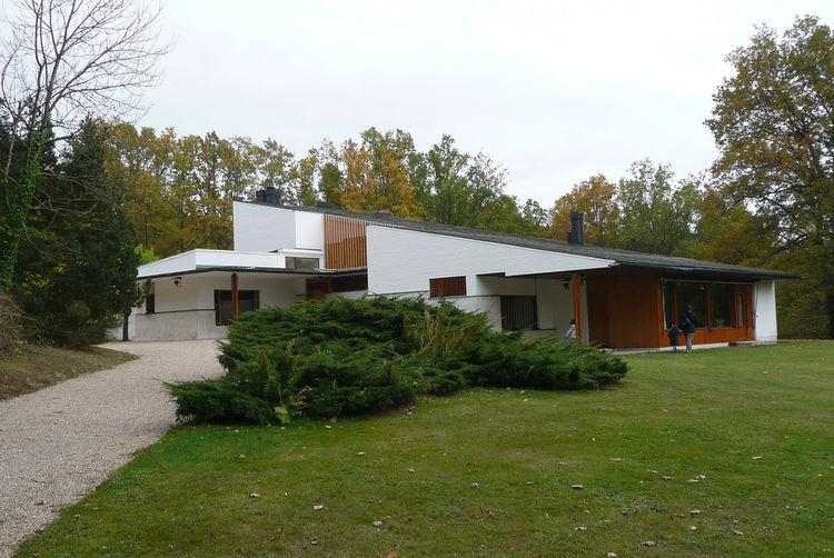 Maison Louis Carre