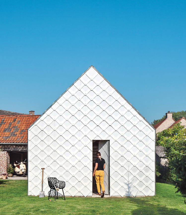 polycarbonate shingles exterior cladding gabled roof garden shed Belgium
