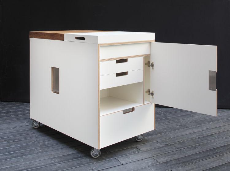 white mini kitchen