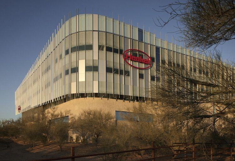 solar-powered office building in arizona