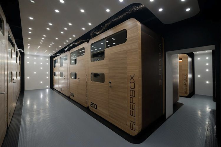 modular hotel with sleeping boxes in moscow