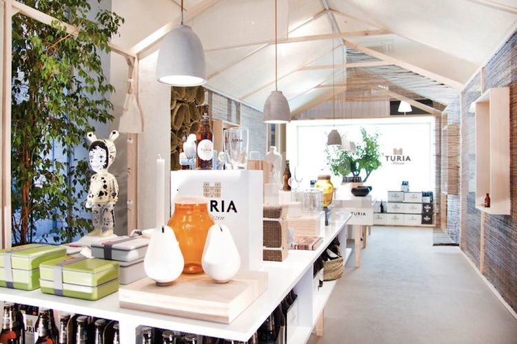 A pop-up shop for a Spanish beer brand