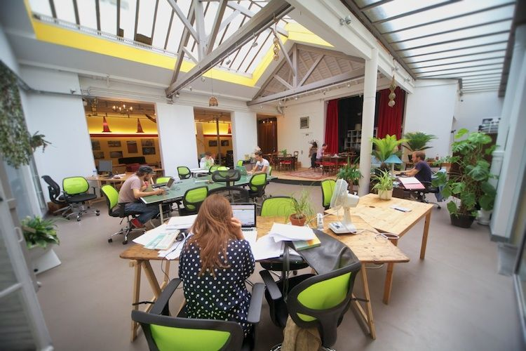 Democratic coworking space in Paris