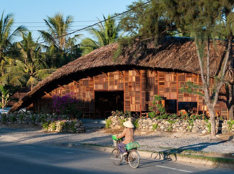 Curved, thatch roof cafe in Vietnam